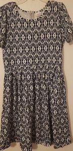 LuLaRoe Xl dress[stretchy]